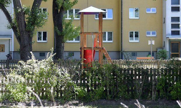 Der betroffene Wiener Spielplatz. / Bild: APA/HANS PUNZ
