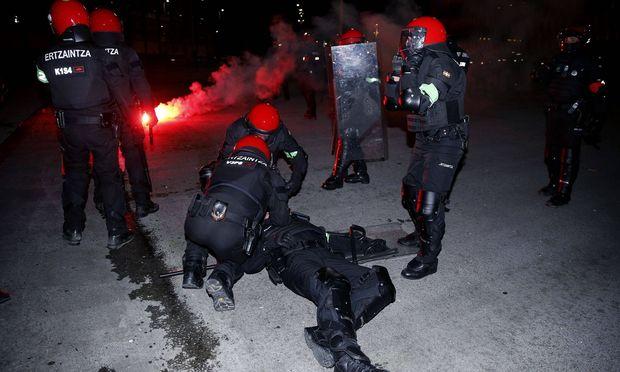 Polizist starb bei Ausschreitungen vor Europa-League-Match