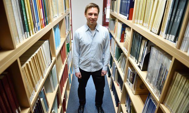 Die meisten Texte gibt es als Fotos oder Zeichnungen. Roman Gundacker fährt nur nach Ägypten, wenn es einen Mehrwert für die Forschung verspricht.