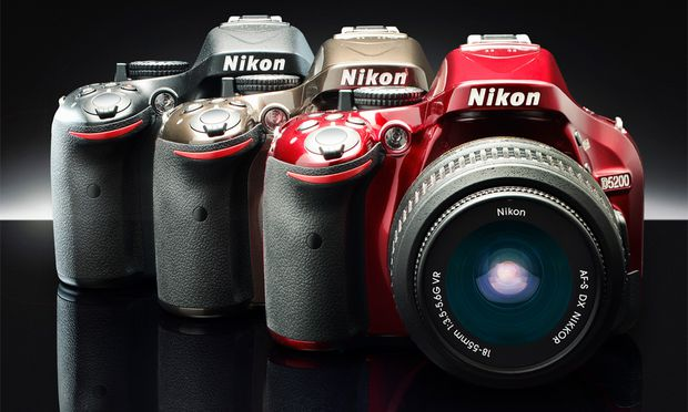 Nikon D5200 Neue MittelklasseSpiegelreflexkamera