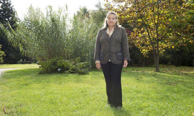 """""""Der Botanische Garten muss weiter frei zugänglich sein."""" Die Hietzinger Bewohnerin Hellia Mader-Schwab kämpft gegen die Eingliederung."""