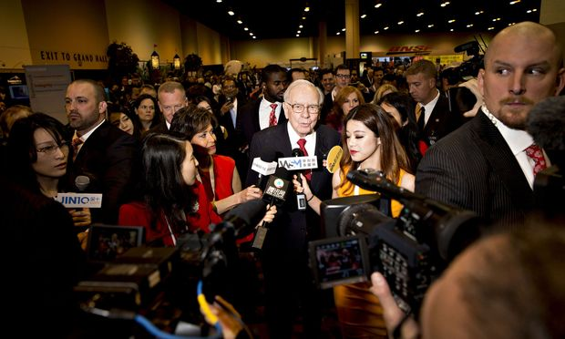 Omaha Aktionärstreffen in Omaha Warren Buffett liefert starke Zahlen