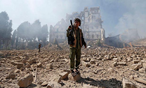 Sieben der zehn Länder mit den weltweit höchsten Rüstungsausgaben liegen demnach heute im Nahen Osten.