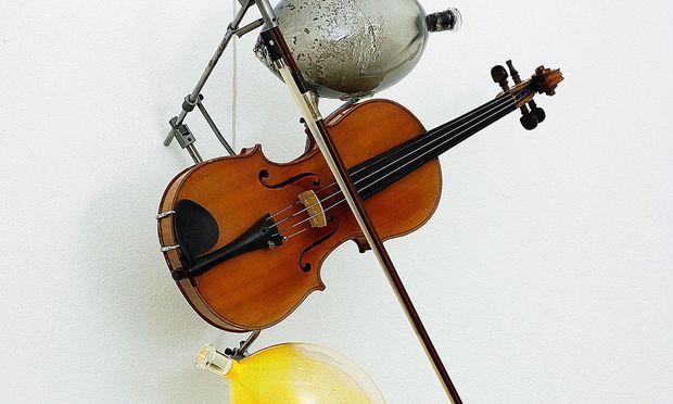 "Klang. Die synästhetische Skulptur ""Sonnenseufzer"" entstand 2006."