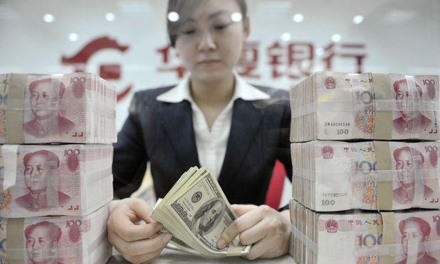 Yuan statt Dollar? China will seine Ölimporte nicht mehr in der US-Währung bezahlen müssen.