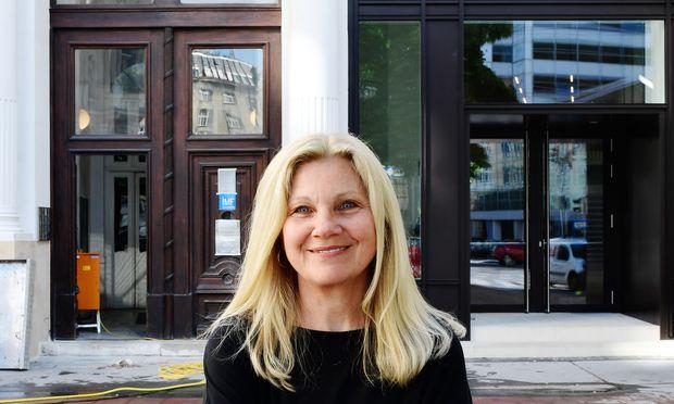 Christine Janicek