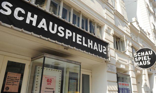 Schauspielhaus Jagd nach Buch