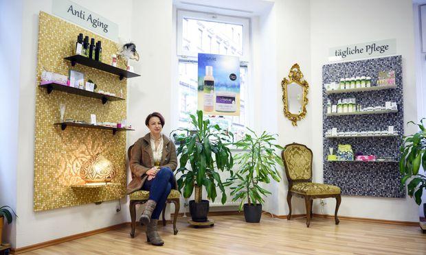 Shanna Mirnig im Geschäft in der Burggasse.
