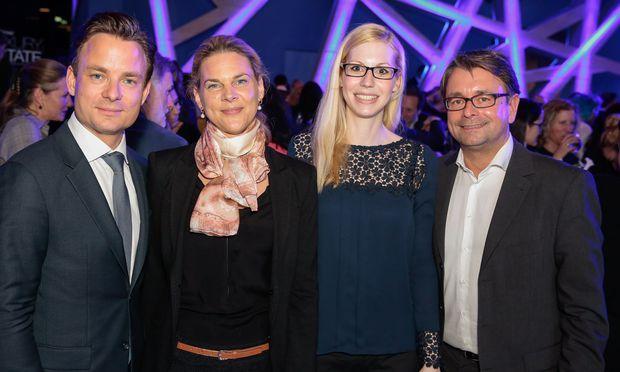 """""""Die Presse""""-Geschäftsführer Rudolf Schwarz, Johanna Seeber, Natalie Steglich (Seeste) und Gregor Zethofer (""""Die Presse"""", v. l.)."""