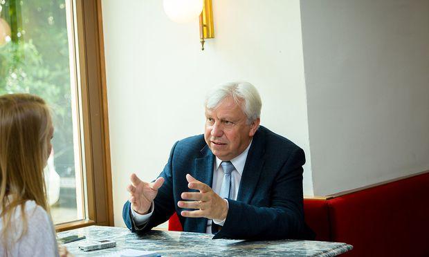 Niederösterreichs Bildungsdirektor Johann Heuras