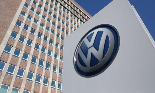 Wolfsburg Niedersachsen Wolfsburg 01 08 2018 VW legt Halbjahresbilanz vor Pressekonferenz Volk