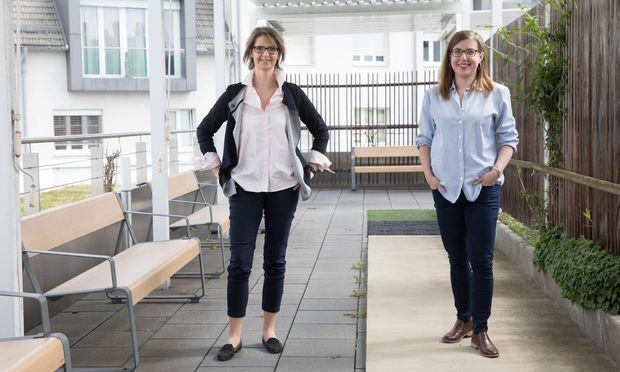 Elisabeth Jodlbauer-Riegler, Obfrau der CF-Hilfe Oberösterreich, und ihre Tochter Anna, die mit Cystischer Fibrose geboren wurde.