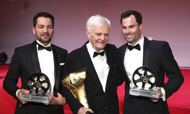 B�lent Sharif Paul Morrissey und Peter Windhofer beim 7 Filmball Vienna 2016 im Wiener Rathaus Wi