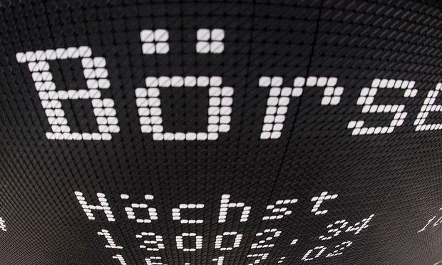Die Aussicht auf Steuersenkungen trieb die Wall Street am Freitag auf neue Rekordwerte.  / Bild: (c) APA/dpa/Boris Roessler (Boris Roessler)