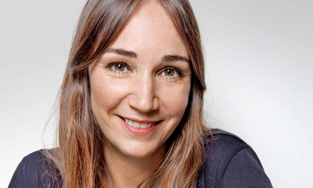 Monica Förster. Ihr Designstudio hat sie in Stockholm, im Bezirk Södermalm.
