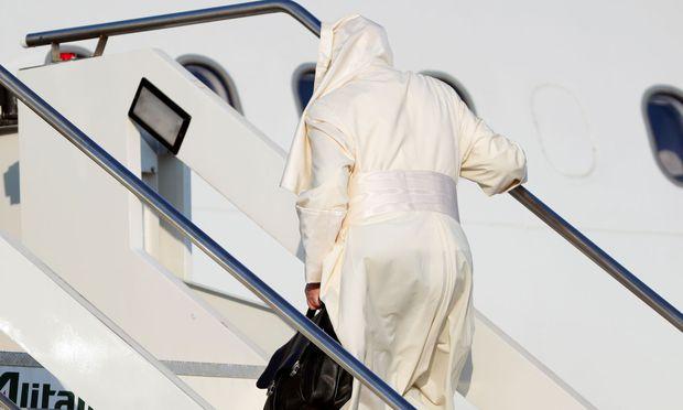 Papst Franziskus ist am Mittwochfrüh zu einer einwöchigen Reise nach Mosambik, Madagaskar und Mauritius aufgebrochen