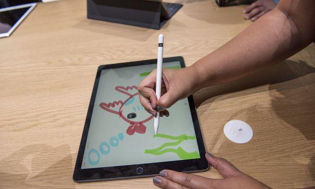 Die BildschirmKinder Vom Kampf Um Handy Tablet Und TV DiePressecom - Minecraft zusammen spielen ipad