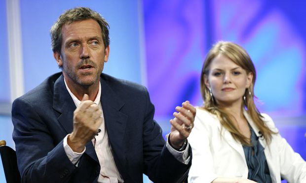 Dr. House Darsteller Hugh Laurie und Kollegin Jennifer Morrison