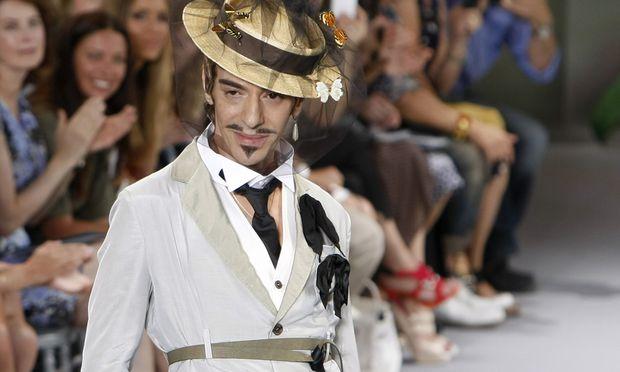 Galliano bestaetigt ModeComeback