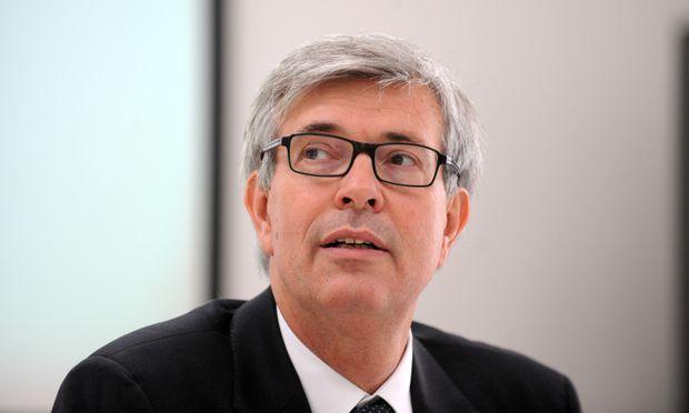 E-Control-Vorstand Walter Boltz darf bleiben.