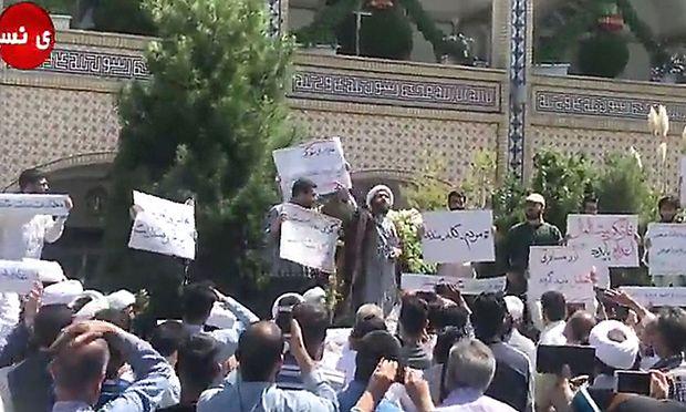 Bericht: Erster Toter bei jüngsten Unruhen im Iran