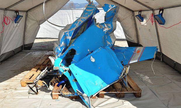 Die Untersuchung des Wracks ist abgeschlossen, der Passagier soll das Flugzeug zum Absturz gebracht haben.