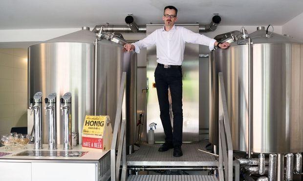 Markus Führer hat sich in einer früheren Fleischerei seine Gablitzer Privatbrauerei eingerichtet.
