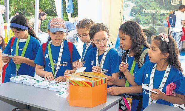 Rund 4000 Kinder studieren im Sommer an der Kinderuni der Uni Wien. Angeboten wurden auch Vorlesungen auf Arabisch.