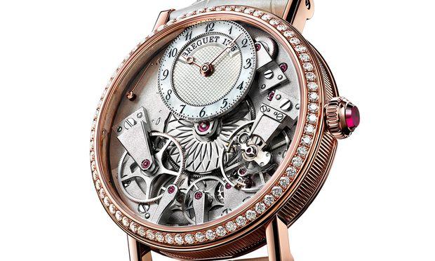 """Breguet, """"Tradition Dame 7038"""". Die perfekte Symbiose aus beiden Welten: Die Uhrmacherei vom Feinsten und der Diamantbesatz auf der Lünette machen diese Breguet zum Hingucker."""