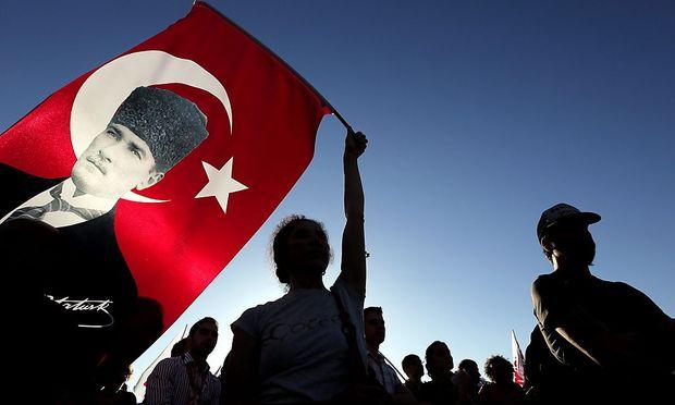 Subversiv mit Atatürk: Die jüngste Protestbewegung in der Türkei bediente sich des Republiksgründers als Symbol.