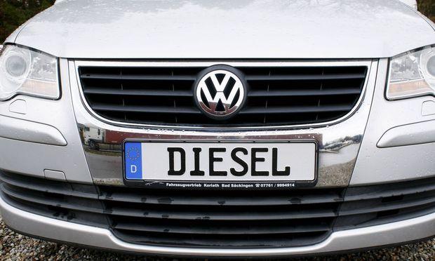 12 03 2018 Waldshut Deutschland Bild zeigt Nummernschild Volkswagen Diesel Autoverbot Verbot Umw