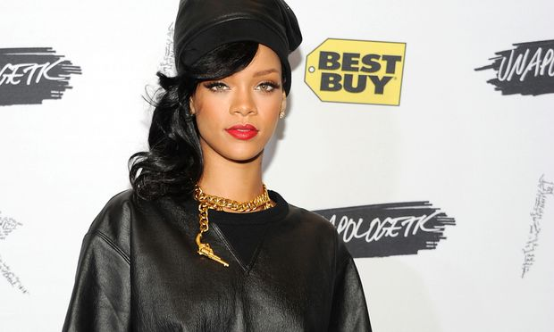 DesignDebuet Rihanna Fashion Week