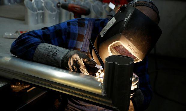 Handelsstreit: USA verhängen Strafzölle auf Stahl und Aluminium aus der EU