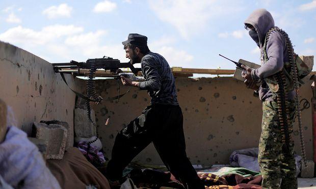 Kurdische Kämpfer haben den Österreicher in Syrien festgenommen.