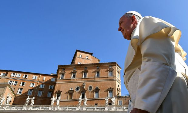 Papst Franziskus bei der wöchentlichen Generalaudienz am Petersplatz in Rom.