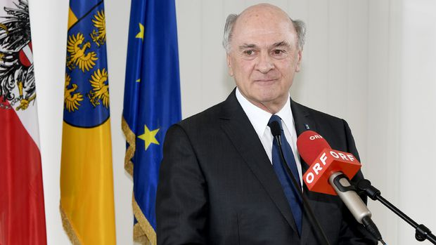 Erwin Pröll gestern in St. Pölten bei der Ankündigung seines Rücktritts.