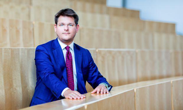 Der Klagenfurter Rektor, Oliver Vitouch, folgt Sonja Hammerschmid als Rektorenchef.