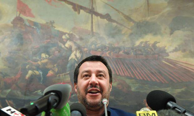 Matteo Salvini feiert bei seinem politischen Eroberungszug Italiens einen neuen Triumph.