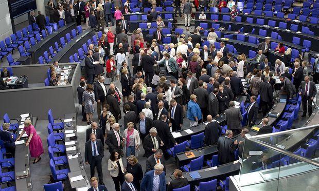 Archivbild eines Abstimmung im deutschen Bundestag in Berlin.