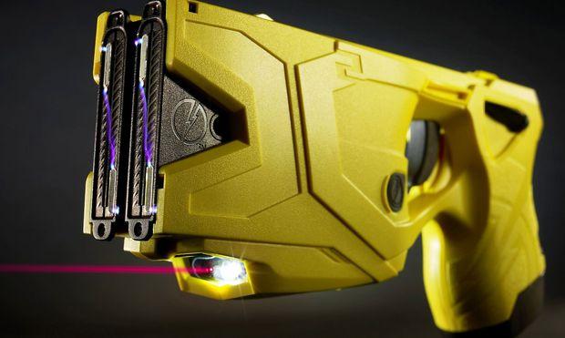 """Der Nachfolger des Ur-Tasers trägt die Typenbezeichnung X2 und verfügt über zwei """"Schuss""""."""