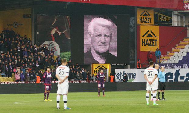 Trauerminute beim Austria-Spiel