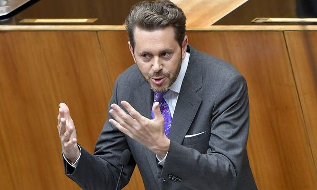 Harald Mahrer im Parlament