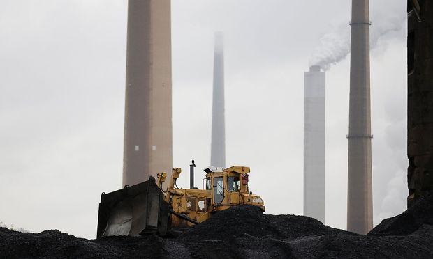 Die Nutzung von Kohle (hier ein Kraftwerk in Ohio) geht laut Prognose bis 2040 nur um 15 Prozent zurück.