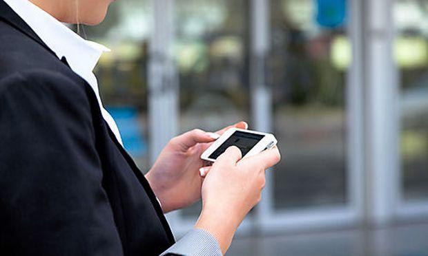 Terminerinnerung erinnert per SMS, Anruf oder E-Mail an Termine