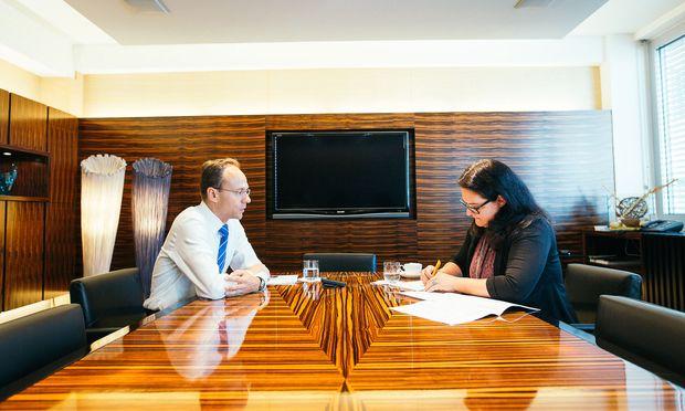 Für Fondsmanager Martin Möller zählt bei der Aktienauswahl die Wertschöpfung eines Unternehmens, nicht die Branche.