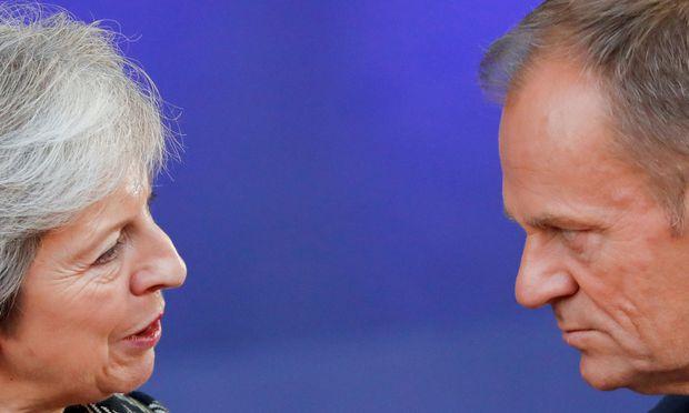 Brexit auf Papier fast beschlossen - London meldet Durchbruch