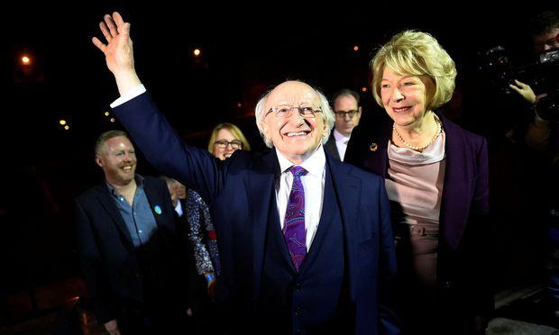 Der irische Präsident Michael D. Higgins ist für eine zweite Amtszeit wiedergewählt worden.