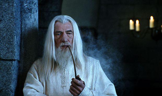In der Vorgeschichte ist Gandalf der Weiße noch Gandalf der Graue.