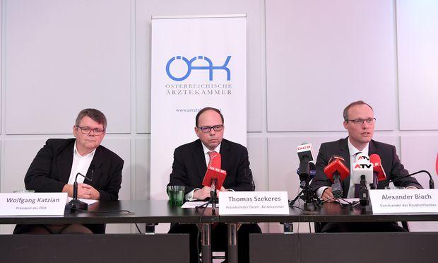 ÖGB-Chef Katzian, Ärztekammer-Chef Szekeres und Hauptverband-Chef Biach sind sich einig.