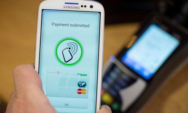 PayPal NFCHandy Geldboerse setzt